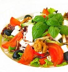Graikinės salotos Trakų Vokėje